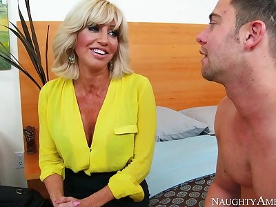 Tara Holiday & Seth Gamble in My Friends Hot Mom