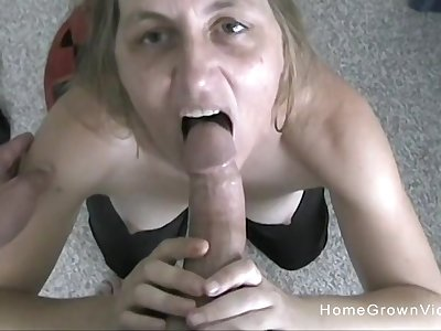 Slutty blonde matured is attainable of her first homemade sex tape!