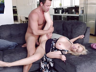 Married woman cheats close to the hot neighbor who's dick is huge