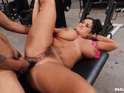 Chubby whore with giant tits, first time eon interracial fucked at eradicate affect gym