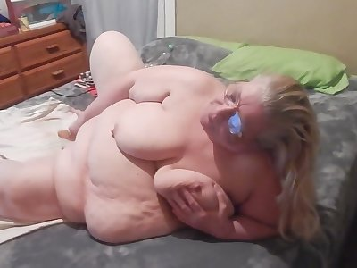This chubby bitch is a queen of self pleasuring coupled with she is so passionate