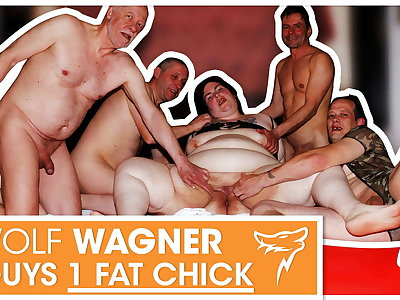 Swinger orgy! Big floozy enjoys 3 indestructible cocks! WolfWagner.com