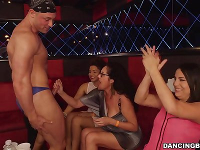 CFNM hot porn video - Swinging Dicks!