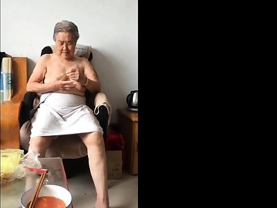 Asian 80+ Granny After tidy